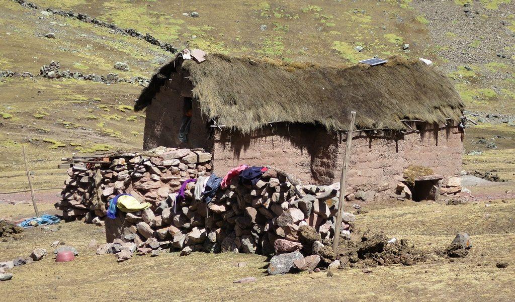 Wohnhaus auf über 4500 M.ü.M. - Rainbow Mountain