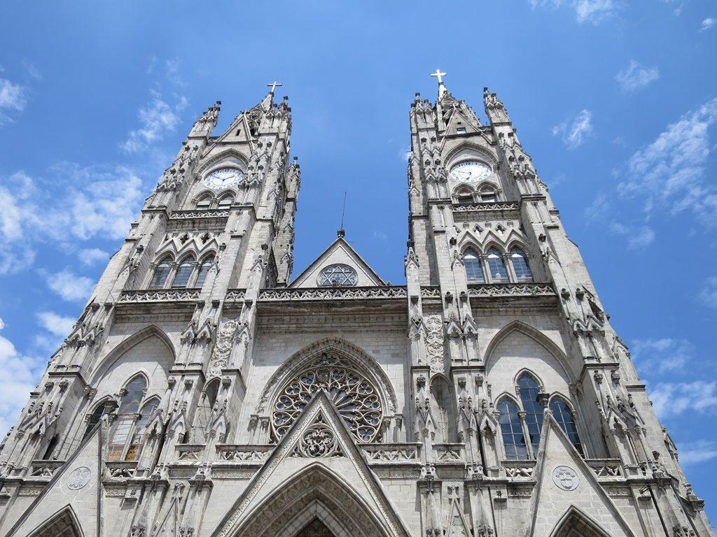 Quito - Basilica del Voto Nacional