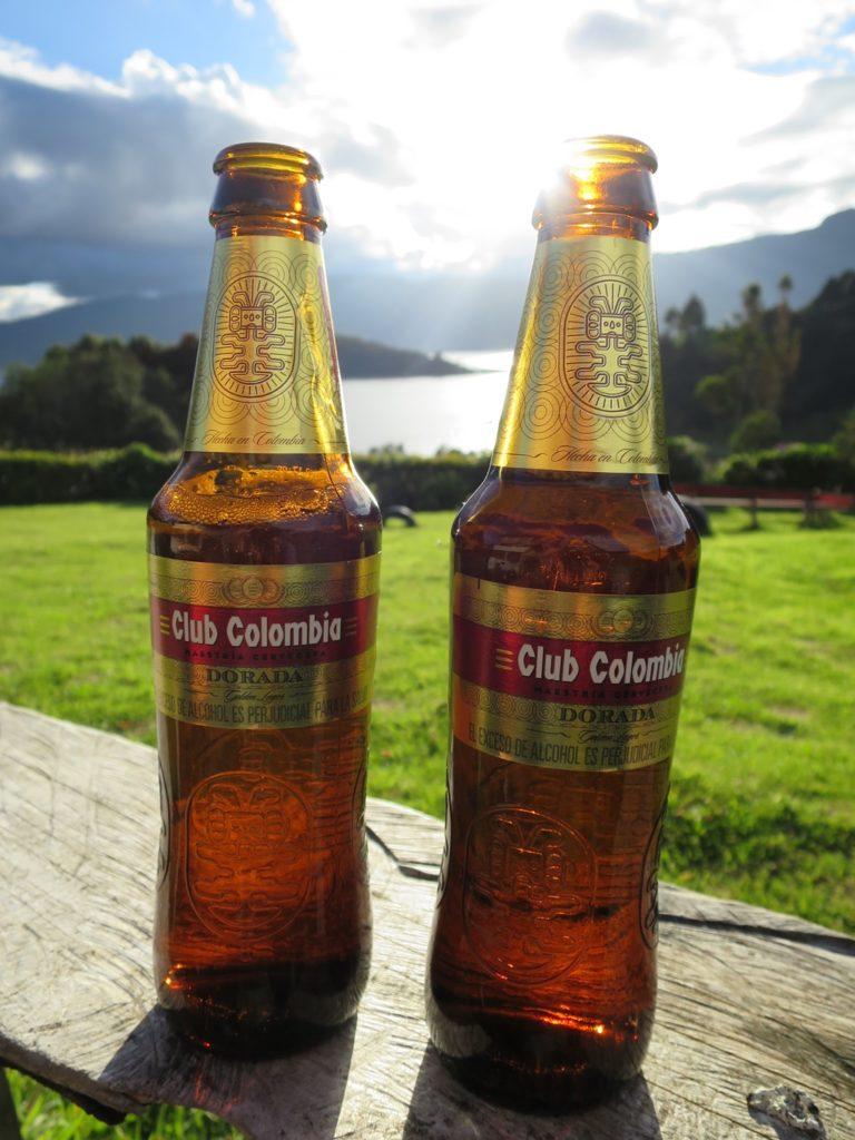 erstes Bier in Kolumbien (Laguna de la Cocha)