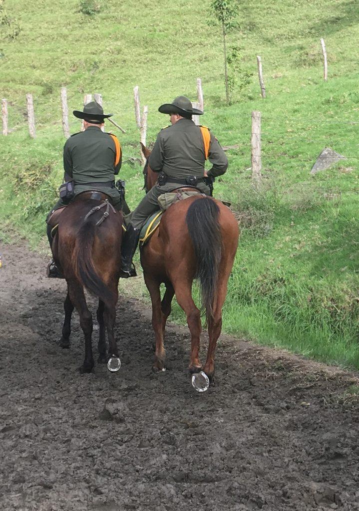 Polizei im Valle de Cocora (Wachspalmen)